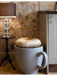 Giant Cup Stool