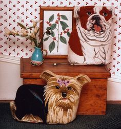 Needlepoint Bulldog and Yorkie stuffed animals. Need to do this Yorkie for Brandi. Wish they did a corgi. Dragon Tales, Rug Hooking, Canvases, Stuffed Animals, Yorkie, Needlepoint, Awesome, Amazing, Hooks