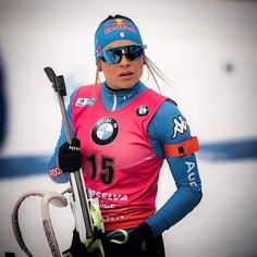 Hard race today but really happy to start on sunday with the yellow bib in front of my home crowd 😀 Xc Ski, Cross Country Skiing, Sport Girl, Chic, Oakley, Motorcycle Jacket, Racing, Workout, Athletes