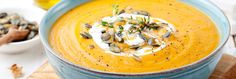 Soupe de potimarron aux noix et graines : la recette de saison