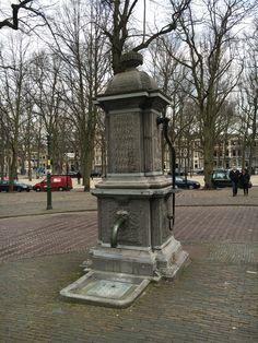 Den Haag Hand Pump Lange Voorhout