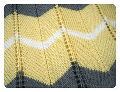 She Is Crafting My Doom: Striped Chevron Baby Blanket - Free Knitting Pattern!    Someone just needs to make this for me!