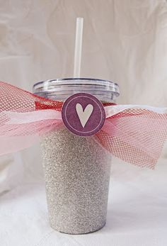 Crafts to make and sell, crafts for girls, arts and crafts, glitter Glitter Projects, Glitter Crafts, Diy Craft Projects, Craft Ideas, Diy Ideas, Glitter Images, Glitter Pictures, Diy Tumblers, Custom Tumblers