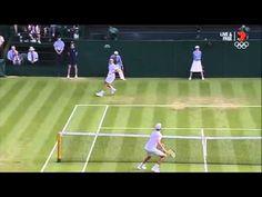 Cú đánh bóng qua 2 chân đẳng cấp của Roger Federer tại Wimbledon 2015   Thank God, You're Here! VTV3 Viet Nam