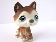 Littlest Pet Shop 68 Husky Dog Brown White /w Blue Eyes LPS