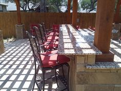 Outdoor #kitchen with #granite #countertops by DH Landscape Design