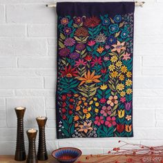 Embroidered Bright Garden Wall Hanging                                                                                                                                                                                 Más
