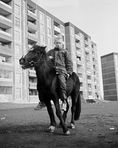 Young man on a horse, Dublin ~ anyone know the source of this photo? Narrative Photography, Film Photography, Urban Fashion Photography, Liverpool Docks, Urban Cowboy, Photojournalism, Aesthetic Art, Rue, Dublin