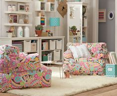 1000 ideas about teen lounge rooms on pinterest teen lounge teen hangout and hangout room. Black Bedroom Furniture Sets. Home Design Ideas