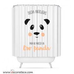 Cortinas de baño originales con frases: Ducha antiojeras para no parecer un oso panda. Cortinas ducha blanco - salmón. WWW.DECORATECA.COM