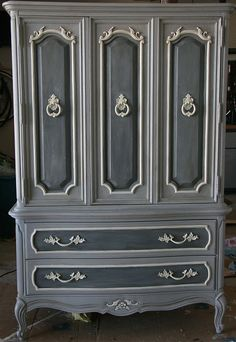 Annie Sloan Chalk Paint in Coco and Paris Grey two coats . Furniture Redo, Chalk Paint Furniture, Hand Painted Furniture, Distressed Furniture, Refurbished Furniture, Upcycled Furniture, Furniture Projects, Furniture Design, Office Furniture