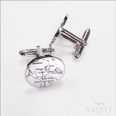 MAPCF02 Don't forget about Dad and the special memories you've shared! Father's Day is June 18th! Map the place that's special to you on a pair of personalized cufflinks. A message or second map can be engraved on the second cufflink. Last day to order to receive by Father's Day is June 12th- choose overnight shipping to guarantee delivery by June 19th. Link in bio! #mapyourmoment #AJAFFE #fathersday #giftidea #personalizedcufflinks #cufflinks #personalizedjewelry