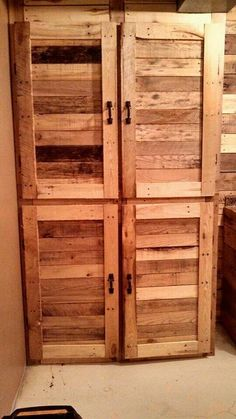 Laundry room cabinets made out of pallet wood.  #palletwoodrepurposing#mor2becreated