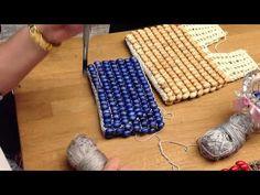 Youtube Crochet Patterns, Crochet Scarf Tutorial, Beaded Crafts, Crochet Girls, Crochet Handbags, Crochet Slippers, Crochet Videos, Bead Crochet, Crochet Scarves