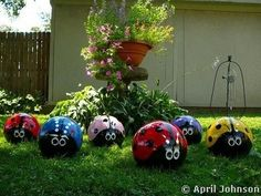 I am def. doing this over spring break with the kids.  Bowling Ball Lawn Decor.Too cute!