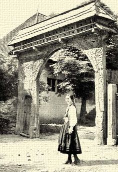 szekelykapu Wooden Gates, Old Photography, Travelogue, Culture Travel, Brooklyn Bridge, Hungary, Romania, Budapest, Folk