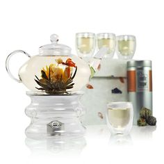 Imperial Flowering Tea Gift Set - Prestige Glass Teapot with Infuser - Teapot Warmer Stand - 4 Glass Cups - Sampler Tin of Blooming Tea (10 Blooms) - Luxury Handmade Gift Box: Amazon.co.uk: Kitchen & Home