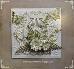 10/26/14.  Elly's Card- Corner: Green / cream