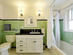 40 Ideas Bath Room Green Tile Vintage Shower Curtains For 2019 Craftsman Style Decor, Craftsman Style Bathrooms, Craftsman Remodel, Bungalow Bathroom, Craftsman Bungalows, Vintage Shower Curtains, Art Nouveau, Bungalow Interiors, Upstairs Bathrooms