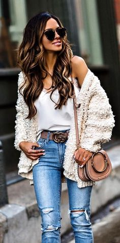 winter  outfits white wool cardigan with crossbody bag 8bf09d307439