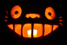 #Catbus #Halloween pumpkin from My Neighbor Totoro. Get the free template here