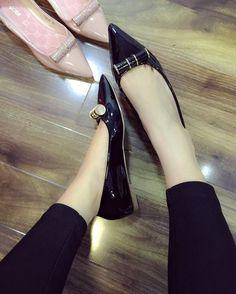 Mua giày nữ đẹp online ở đâu???