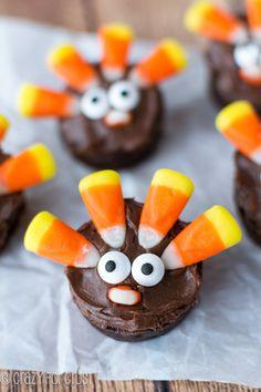 Brownie Turkeys made with Candy Corn! | crazyforcrust.com