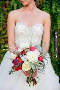 succulents in bouquet | VIA #WEDDINGPINS.NET