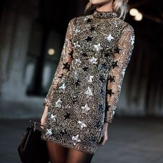 There's no better time to rock a sequins-equipped look than the holiday season. Match a statement sequin midi skirt with a cashmere turtleneck knit and accessorise with suede over-the-knee. Daily Fashion, Girl Fashion, Fashion Outfits, Womens Fashion, Happily Grey, White Shirts Women, Cashmere Turtleneck, Sexy Party Dress, Party Dresses