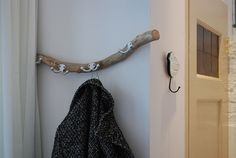 Bathroom Hooks, My House, Upcycle, Sweet Home, House Styles, Wood, Inspiration, Nice Ideas, Interior Ideas