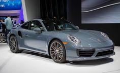 2017-Porsche-911-Turbo