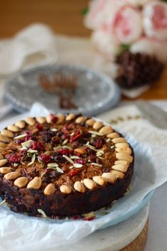 Bowl cake with blackberries and faisselle - HQ Recipes Healthy Christmas Recipes, Healthy Cake Recipes, Dog Treat Recipes, Dinner Recipes For Kids, Healthy Fruit Cake, Xmas Recipes, Fruit Cakes, Gluten Free Desserts, Gluten Free Recipes