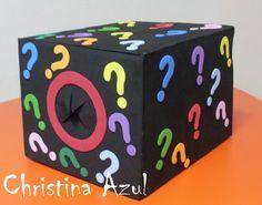 Christina Azul: caixa de papelão