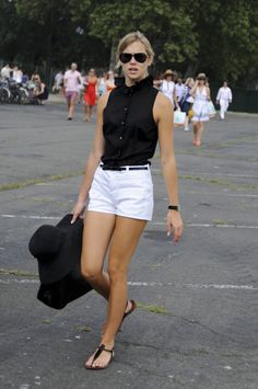 Shop sexy club dresses, jeans, shoes, bodysuits, skirts and more. White Shorts Outfit Summer, Classy Shorts Outfits, Cute Summer Outfits, Short Outfits, Cool Outfits, Casual Outfits, Look Fashion, Fashion Outfits, Look Con Short