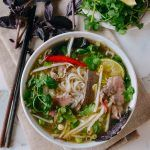 Pho is a Vietnamese noodle soup topped with awesome things like fresh bean sprouts, basil, and chilies. This pho recipe was approved by a Vietnamese friend! Beef Noodle Soup, Beef And Noodles, Asian Recipes, Beef Recipes, Ethnic Recipes, Pho Broth, Wok Of Life, Beef Sirloin, Woks