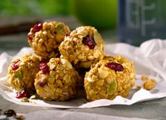 Instead of a taking store-bought energy bars on your next hike, try these homemade peanut power balls. They taste great, transport beautifully without crumbling and are a lot less expensive when you make them yourself.