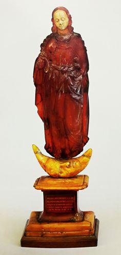Amber figurine of Apocalyptic Virgin of Abbot Dawid Konarski by Anonymous of Gdańsk, 1611, Skarbiec Paulinów na Jasnej Górze; a votive offering donated by Dawid Konarski, Abbot of the Cistercian Abbey in Oliwa for the victory over Muscovy at Smolensk