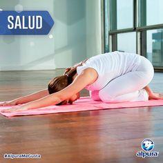 Para descansar bien, es muy importante relajarte antes de ir a la cama. Eso puedes lograrlo haciendo la posición de yoga llamada Balasana ¡es muy fácil!  Sólo siéntate sobre los talones y separa las rodillas al ancho de tus caderas. Suavemente inclínate hacia delante hasta que tu abdomen y pecho se apoyen en tus rodillas y extiende tus brazos al frente. Mantén la postura el tiempo que necesites y duerme perfecto esta noche.    #VidaSaludable #Salud #Yoga #AlpuraMeGusta
