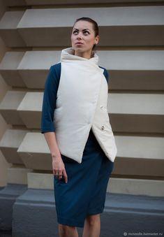 Жилет Бежевый Утепленный Трансформер Puffer Vest - бежевый, жилет, кремовый, одеяло, серый, жилетка, Трансформер, McNeedle