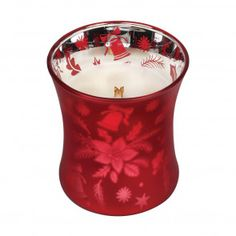 Über Google auf mituso.de gefunden Glass Wax, Glass Candle, Wood Wick Candles, Scented Candles, Christmas Berries, Candle Diffuser, Holiday Candles, Wood Gifts, Glass Collection