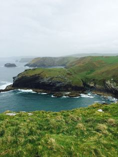 """wanderthewood: """"Tintagel, Cornwall, England by ItsyBitsyAmi """" Tintagel Cornwall, West Cornwall, Devon And Cornwall, Cornwall England, The Places Youll Go, Places To Visit, British Country, Fear Of Flying, Secluded Beach"""