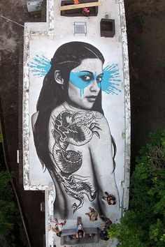 Senaka rooftop piece in Hong Kong by Fin DAC