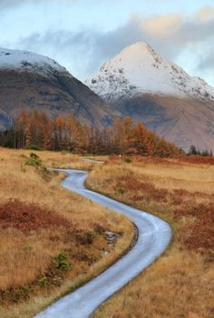 UK, Scotland, Highland, Great Britain, Road Through Glen Etive - eStock