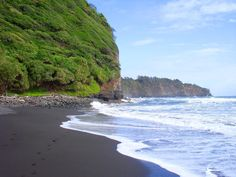 Black sand beach, Waipio Valley on Hawaii.