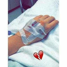 57 Trendy Photography d Hospital Emotional Photography, Tumblr Photography, Girl Photography Poses, Sad Pictures, Girly Pictures, Stylish Girls Photos, Stylish Girl Pic, Girl Photo Poses, Girl Photos