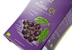 #Verkaufsverpackung für Bio-Fruchtsaft • Hochwertige Verkaufsverpackung für 3 Liter Bio-Saft, die am #POS auffällt. • Partieller #nobleprint® - Druck hebt die Früchte auf der Verpackung besonders haptisch hervor • #Offsetkaschiert • #T4P, #Getränkeverpackungen Fruit Juice, Products