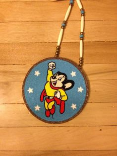 Mighty Mouse medallion made by Sara Jensen Native American Seed, Native American Regalia, Native American Beadwork, Seed Bead Jewelry, Seed Beads, Beaded Jewelry, Thing 1, Nativity Crafts, Native Beadwork
