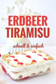 Erdbeer Knusper Tiramisu Here you will find a delicious strawberry recipe for a fresh strawberry tiramisu with crunchy muesli! Tasty and perfect for a summer barbecue. No Bake Desserts, Healthy Desserts, Delicious Desserts, Yummy Food, Strawberry Desserts, Strawberry Tiramisu, Baked Alaska, Dessert In A Jar, Easy Cake Recipes