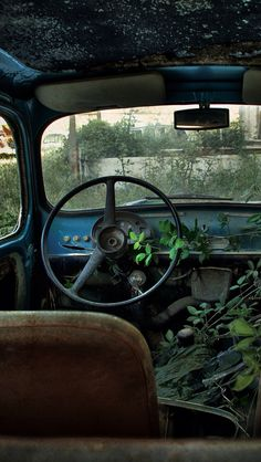 Old cars....can do @ brian and michelle's:) could be fun!