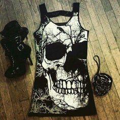 Skull tee